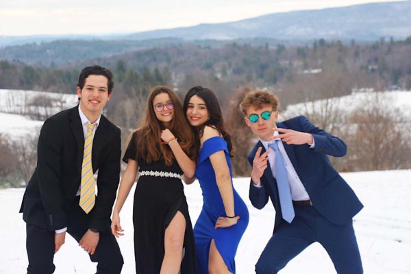 prom group goofy